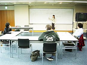就業体験会22名が参加。