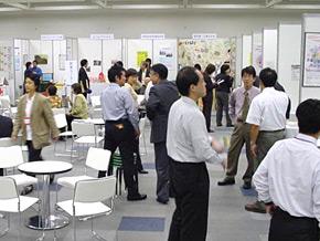 2004地域仕事づくりフェア開催される!